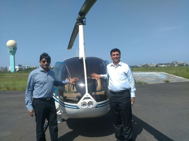 From left to right Paraag Jaiin Nainuttia, Managing Director, MTDC and Satish Soni, Joint Managing Director, MTDC during the launch of Heli Tourism in Mumbai (1)