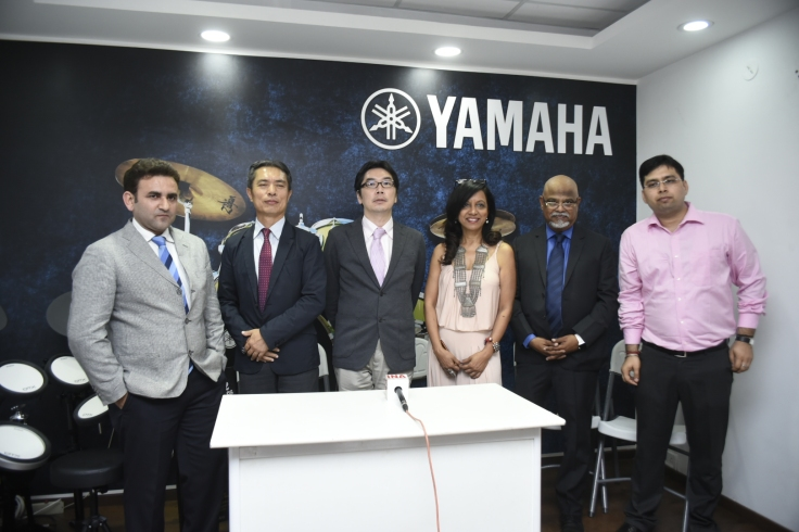 Mr. Rehan Siddiqui, Business Head, Yamaha_ Mr. Hisayoshi Matsui, GM, Yamaha_ Mr. Hitoshi Mochizuki, MD, Yamaha_ Merlyn D'Souza, Musician, Mr. Felix Remedios, Managing Director- Reynolds Inc and Mr. Gaurav Sharma,