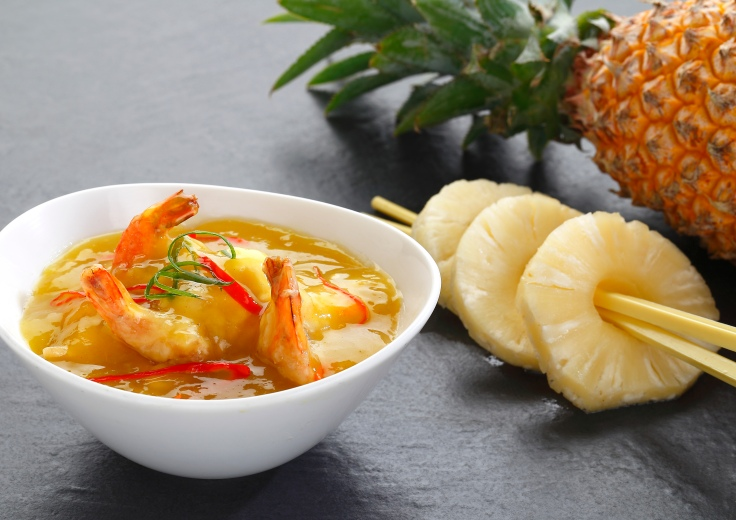 Prawn in Cantonese pepper & pineapple  sauce
