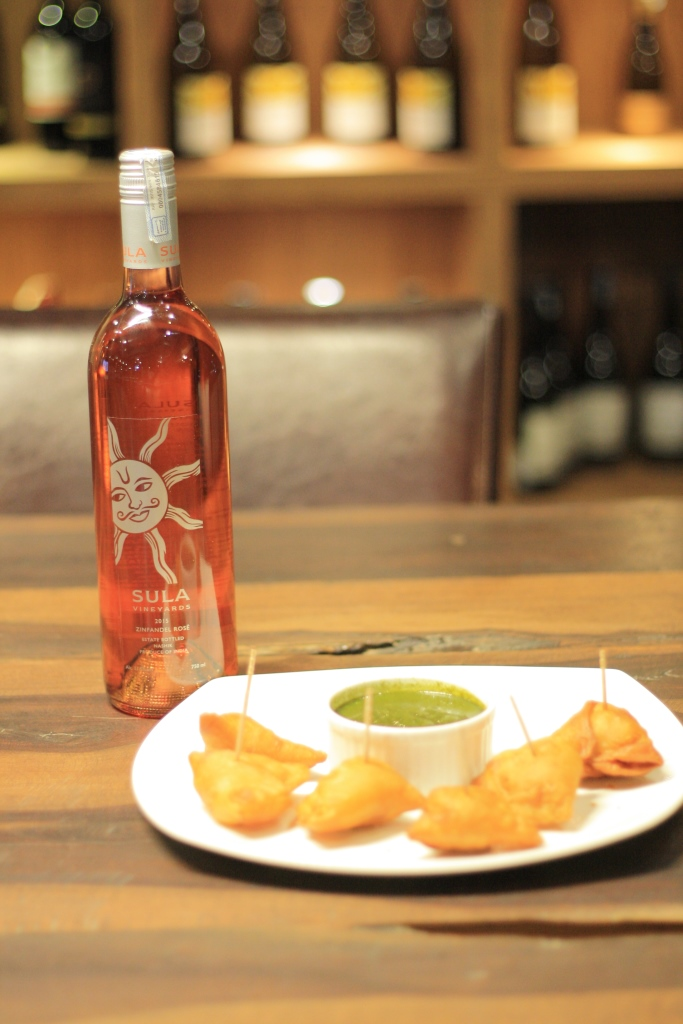Achari paneer cocktail samosas with 2015 Sula Zinfandel Rose-1