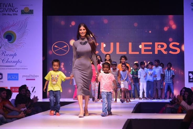 Nicole Faria along with Children 1