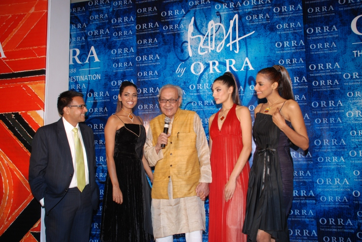 Mr. S.H. Raza with Mr. Vijay Jain at the fashion show at the launch of the Raza collection - 2