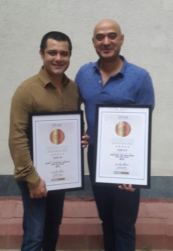 Mr. Sunny Singh & Mr. Shivkaran Singh received award for CIRCUS by Elite Delhi Magazine