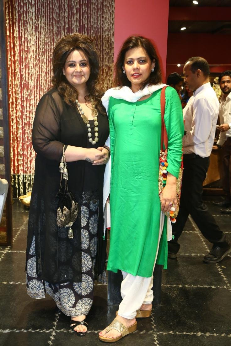 tarot-card-reader-poonam-sethi-shahana-mukherjee